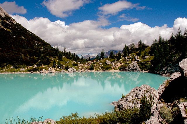 THE REAL COLOUR OF SORAPIS LAKE