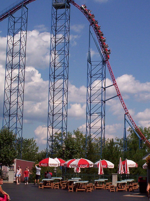 Superman: Ride of Steel at Six Flags New England | Flickr ...