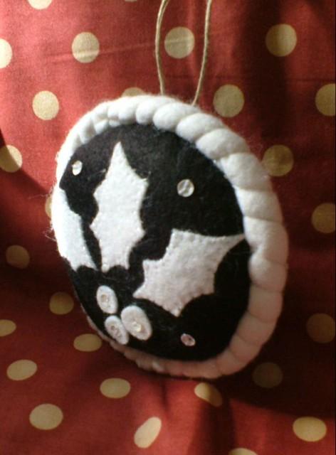 Holiday wool felt ornament, Fujifilm FinePix A120