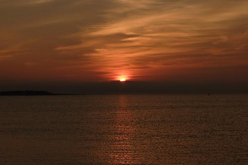 ocean morning sky sun water sunrise early brrrr natureslight capecodlife