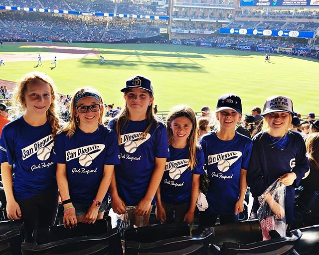 Blue Tsunamis representing #sdyssoftball at the Padres game! #sdinhd