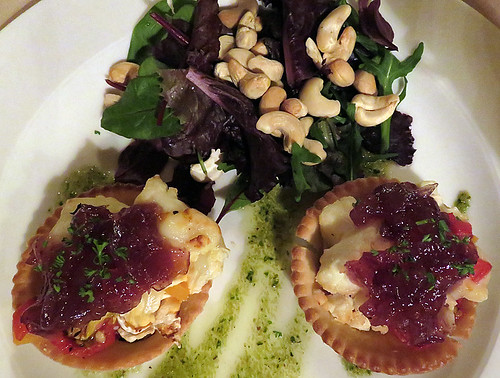 Dingletown: Goat cheese tart and cashew salad