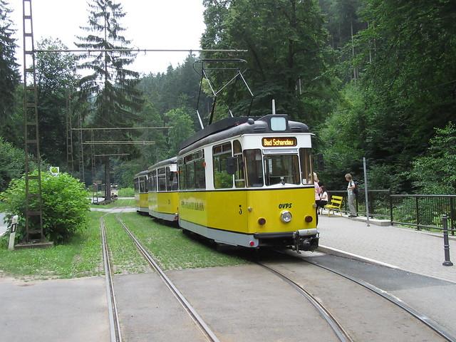 Kirschnitztalbahn an der Haltestelle Lichtenhainer Wasserfall