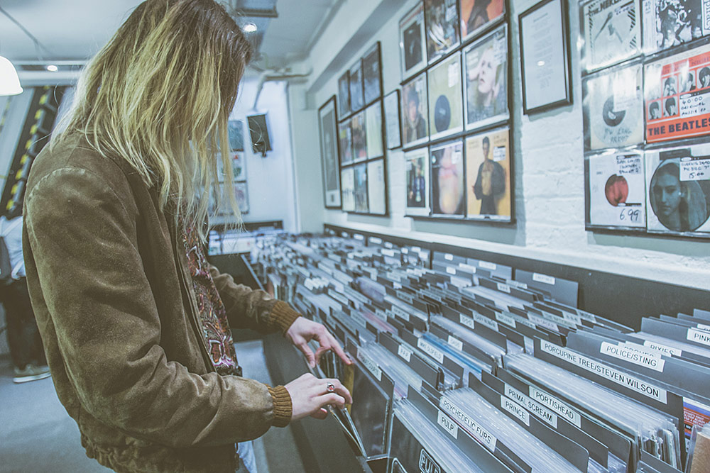 Record Shopping With I.Gracie