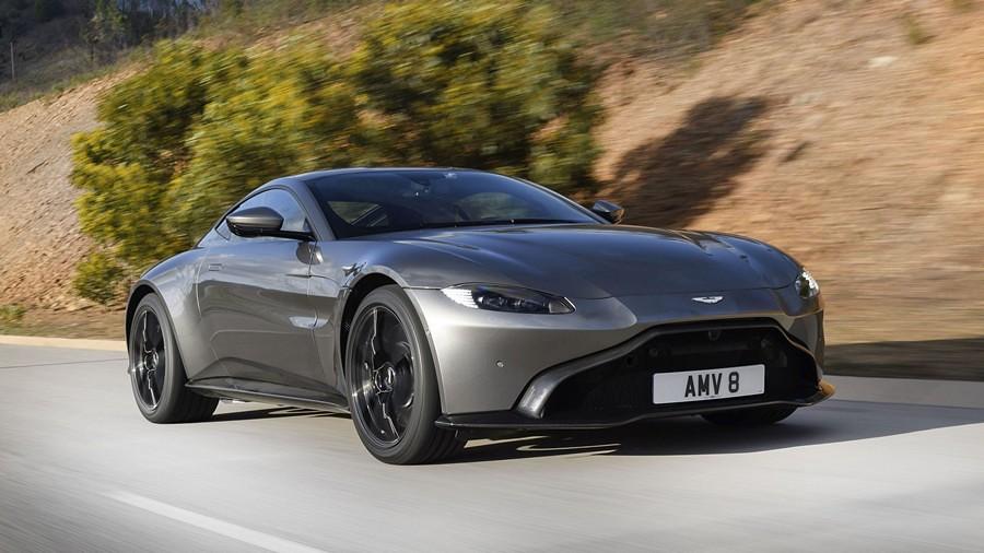 Aston Martin Vantage 4