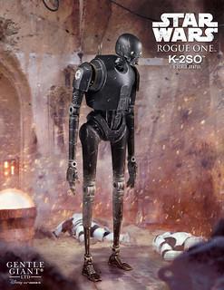 超討喜的機器人嘴砲王~~ Gentle Giant《星際大戰外傳:俠盜一號》K-2SO 1/6 比例全身雕像作品