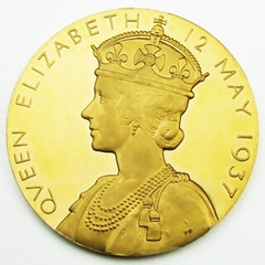 1937 King George VI and Queen Elizabeth Coronation Gold Medal reverse