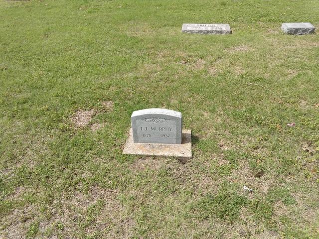 032118 Rosemound Cemetery TJ Murphy (1)
