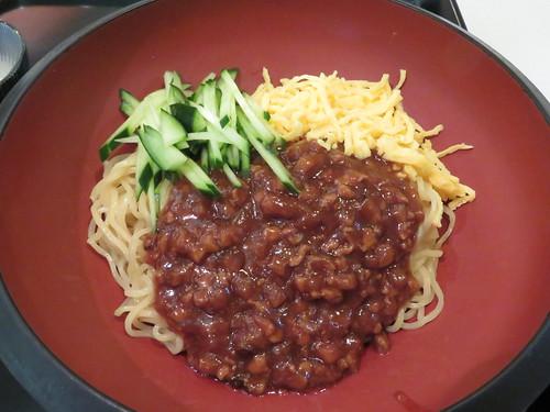 福島競馬場の万松のジャージャー麺