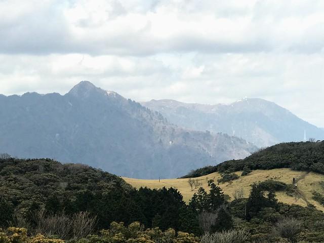入道ヶ岳 山頂から鎌ヶ岳・御在所岳