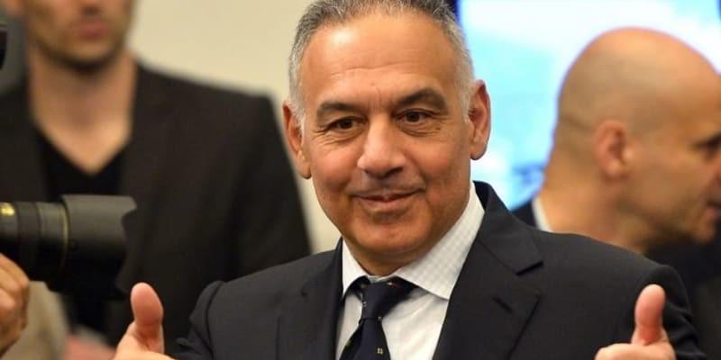 Presiden AS Roma Harus Bayar Denda Karena Ceburkan Diri Ke Dalam Kolam