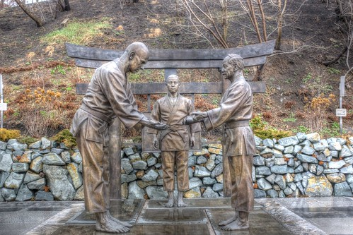 Judo monument, Vladivostok 15-04-2018 (1)