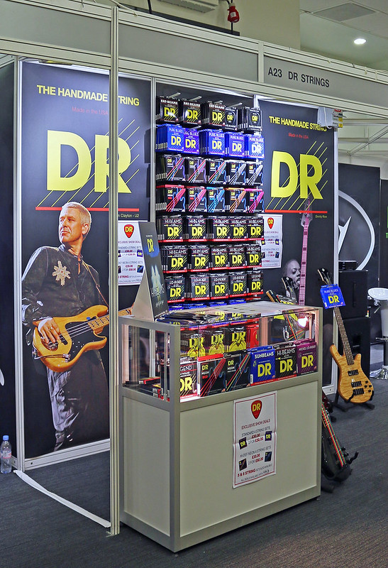 DR Strings (4)