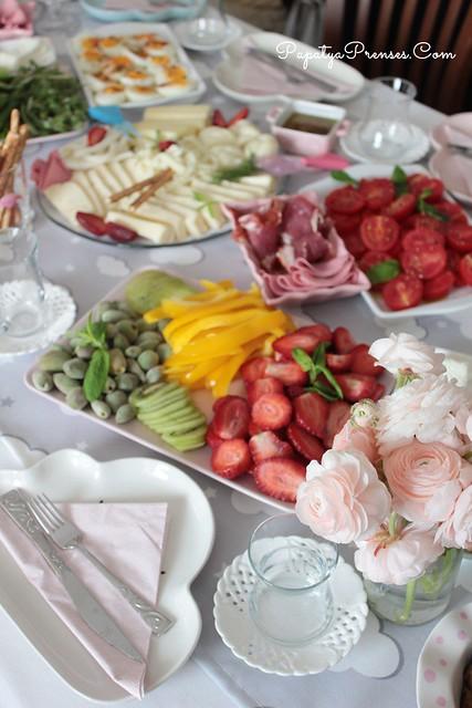 aile günü kahvaltı 046