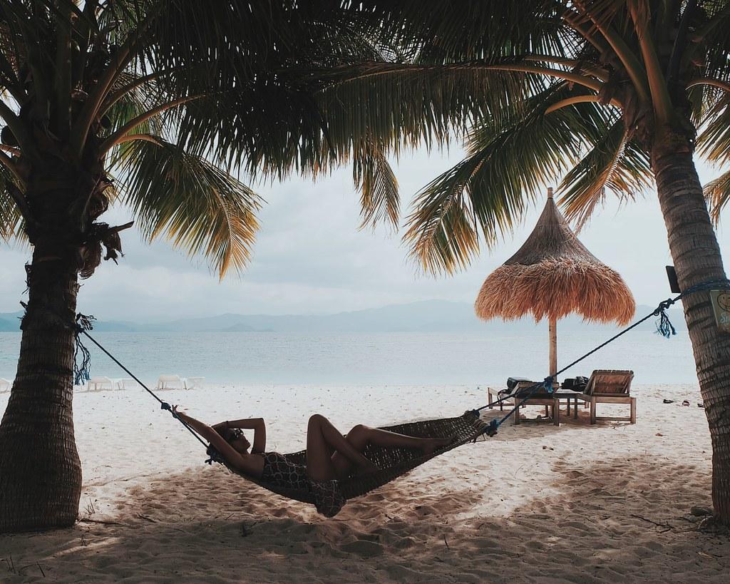 Camping in Inaladelan Island, Palawan