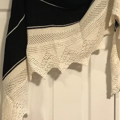 Teri's Bord de Mer shawl by Collete Audrey