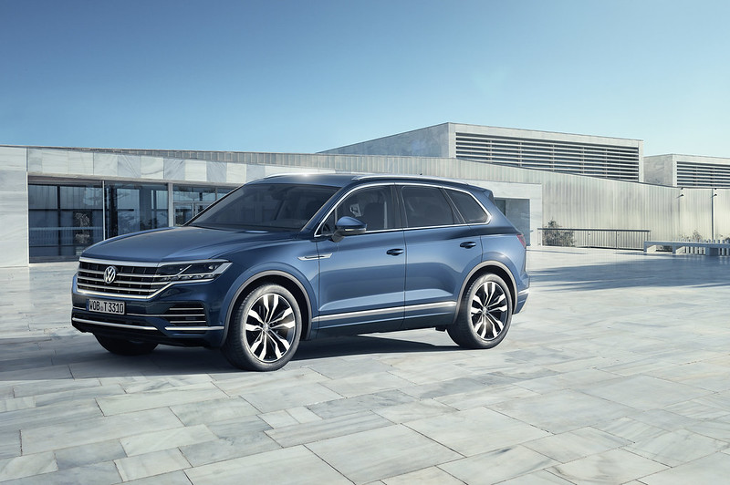 2018 VW Touareg 3rd Generation CarbonOctane Dubai UAE