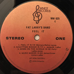 FAT LARRY'S BAND:FEEL IT(LABEL SIDE-A)