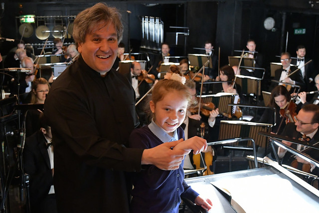 Music Director Antonio Pappano at a Schools Matinee of Madama Butterfly