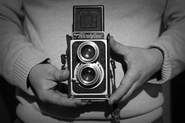 Super RicohFlex, Canon EOS 5D MARK II, Canon EF 50mm f/2.5 Macro