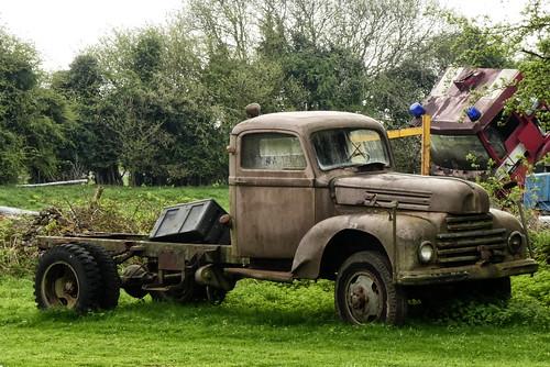 Old pickup - Aston Down - what make?