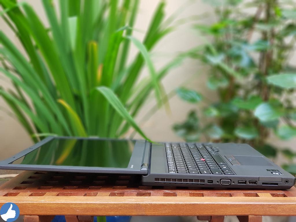 So với các đối thủ, ThinkPad W541 cho cân nặng nhẹ nhất chỉ với 2.7Kg khi dùng pin 9 Cell