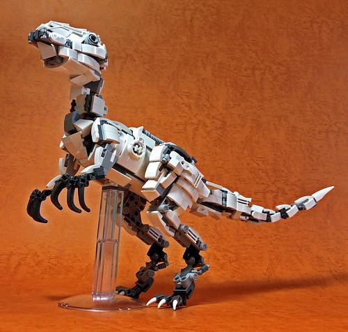 LEGO Mecha Velociraptor-07