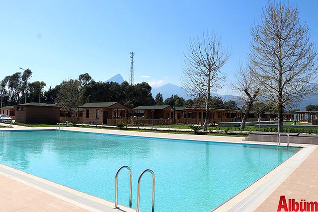 Antalya Büyükşehir Belediyesi emekliler hobi bahçesi- ilk hasatı aldılar -3