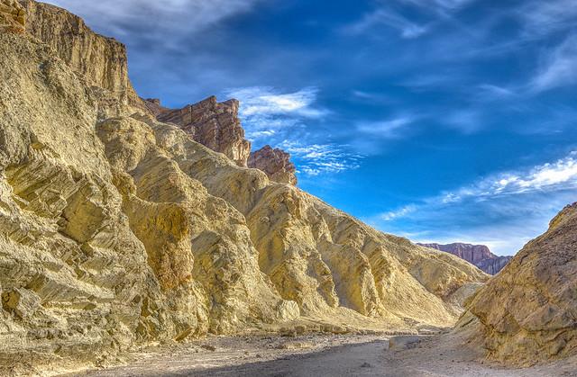 Death Valley - Golden, RICOH PENTAX K-70, smc PENTAX-DA 18-135mm F3.5-5.6 ED AL [IF] DC WR