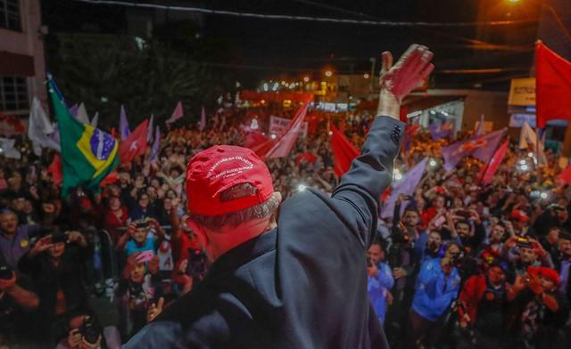 """Lula se despede de Santa Catarina: """"Eles não poderão prender as minhas ideias"""""""