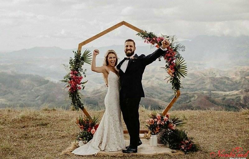 Arta Nunţii > Proiecte NOI la preț PROMO !