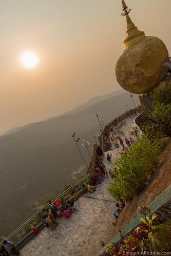 monstate myanmarburma mm myanmar burma goldenrock kyaiktiyo sunset