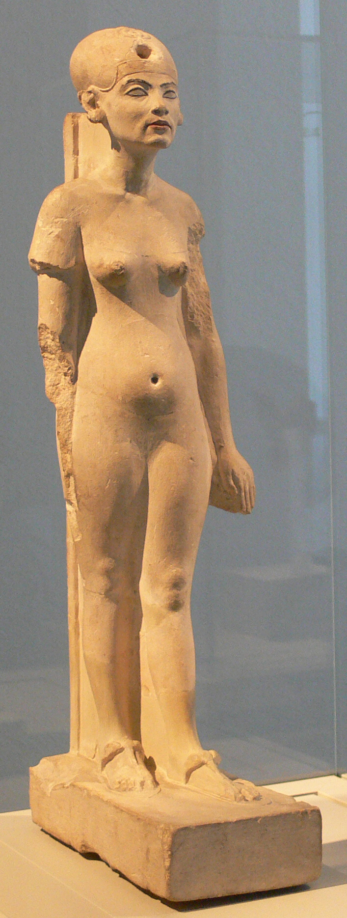 Standing-striding figure of Nefertiti; Limestone; Amarna; New Kingdom, 18th dynasty; c. 1345 BC. Originally from Amarna, part of the Ägyptisches Museum Berlin collection. Photo taken in February 2006.