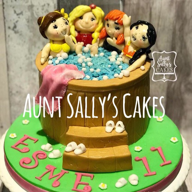 Cake by Aunt Sally's Cakes