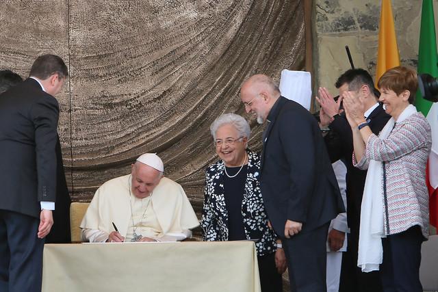 10 maggio: Papa Francesco a Loppiano