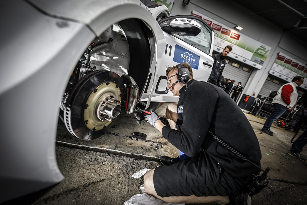 mecaniciens mechanics during the 2018 FIA WTCR World Touring Car cup of Nurburgring, Germany from May 10 to 12 - Photo Francois Flamand / DPPI