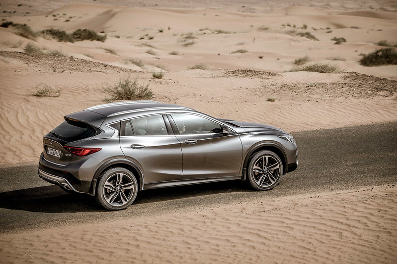 2018 Infiniti QX30 First Drive UAE carbonoctane 3