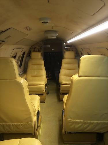 三菱 MU-300 JA8248 機内公開 63F29A75-59C6-4FAF-8D88-8F88B8AAE2FD