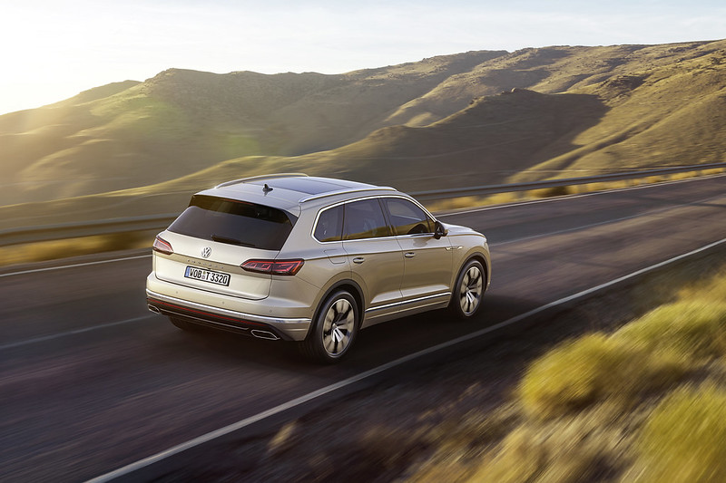 2018 vw touareg carbonoctane
