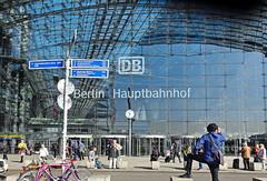 """""""... ich hab noch einen Koffer in Berlin ..."""""""