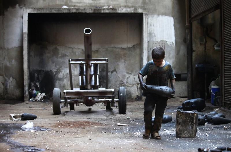 Syria-cannon-A-FSA-aleppo-2013-cnc-2
