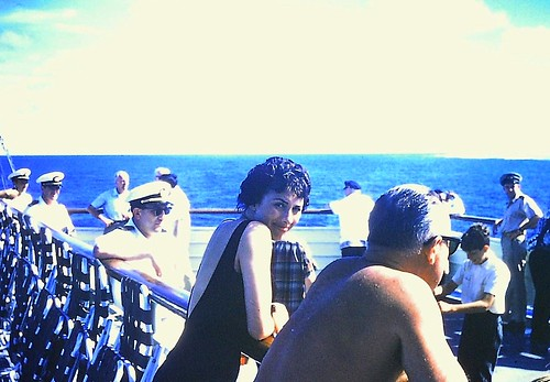 South Pacific Cruise and Lovely 1950s Couple (11)