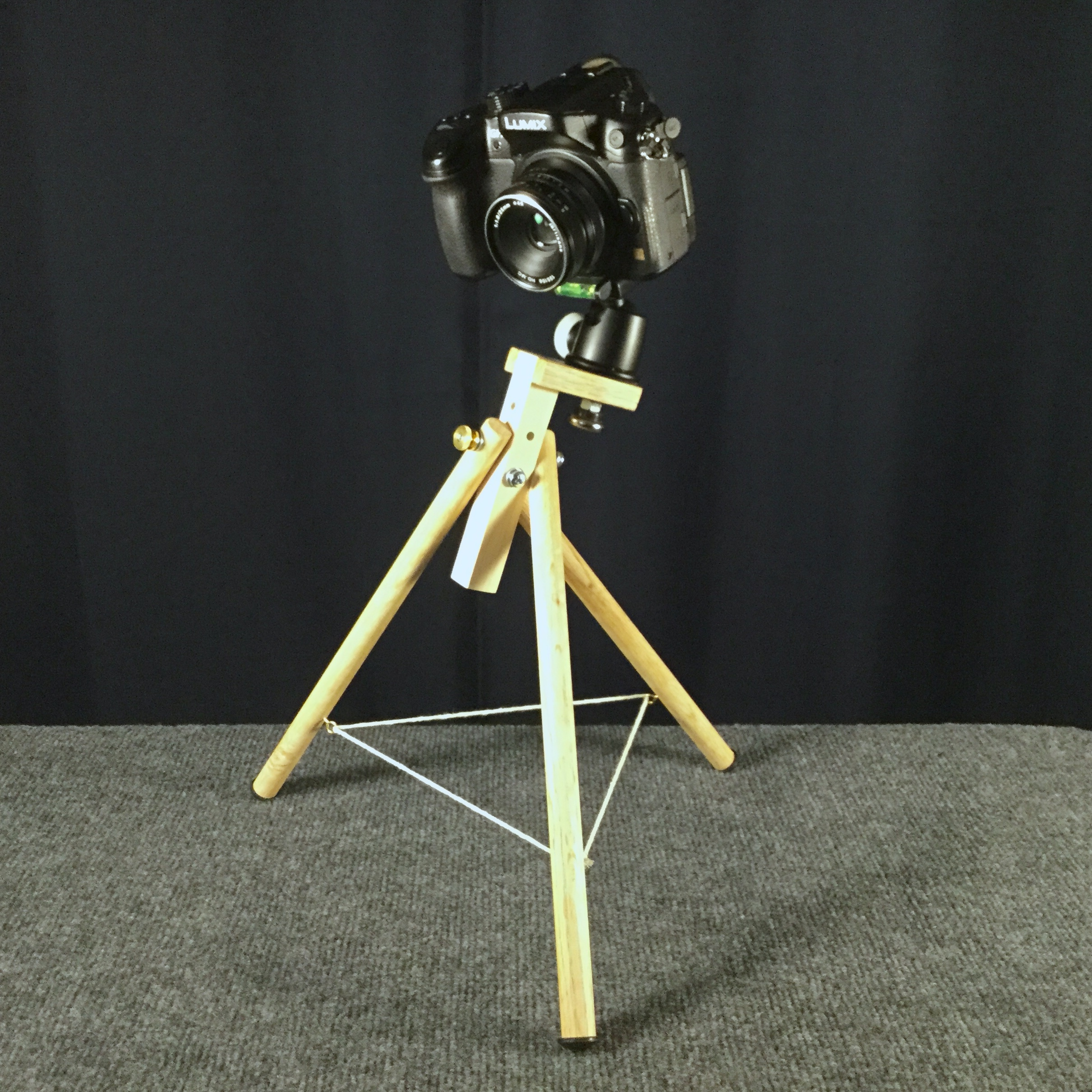 New Tabletop Tripod Design