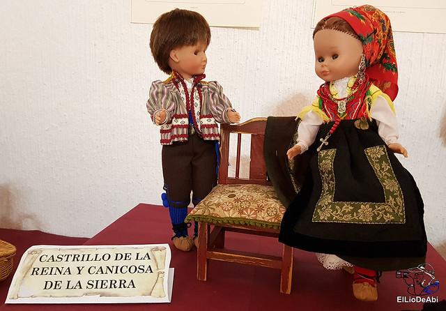 Colección en miniatura de los trajes tradicionales en la provincia de Burgos  (5)