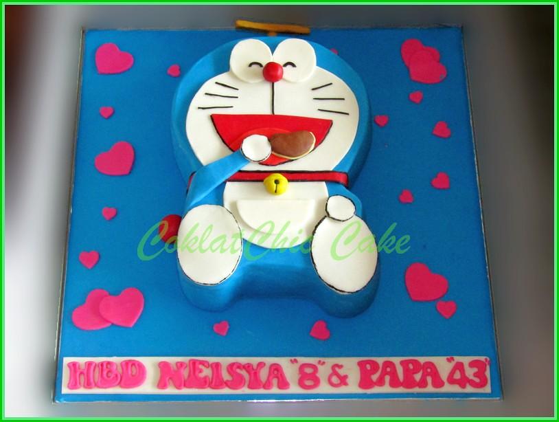 Cake Doraemon NEISYA & PAPA 15x22 cm