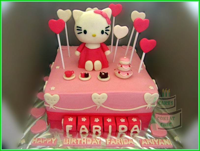 Cake Hello Kitty FARIDA 20 cm