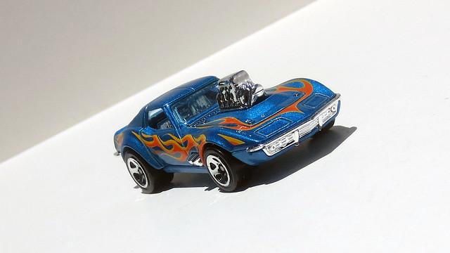 1968 Corvette - Gas, Canon IXUS 125 HS