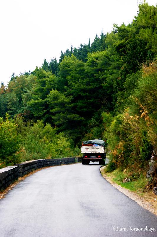 Дорога в окрестностях Котора