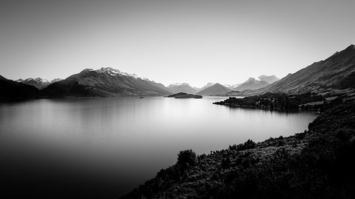 On the road to Glenorchy | by VirtualWolf