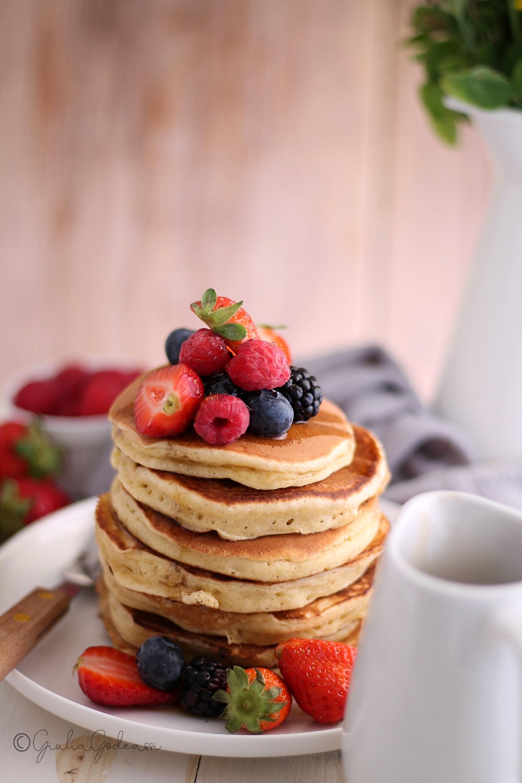 Pancakes alla farina di farro e yogurt